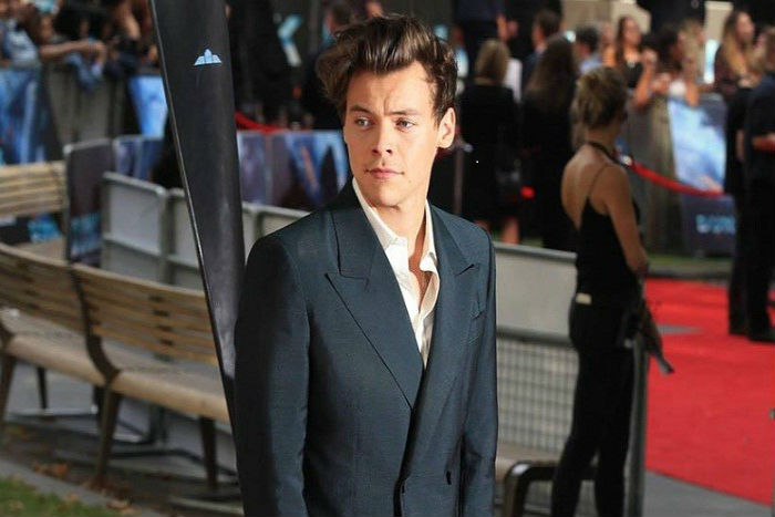 Harry Styles  gandeng banyak Nominasi  di Teen Choice Awards 2017