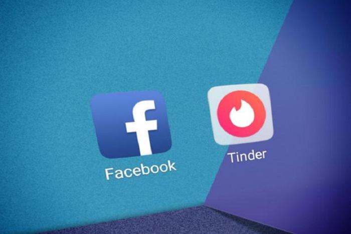 Tinder и Facebook