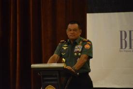 TNI dan Polri Kerjasama Bebaskan Sandera di Papua