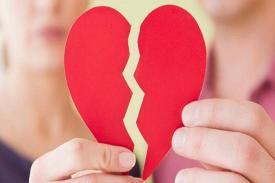 4 Tanda Hubungan Cinta Telah Berakhir