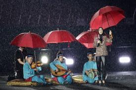Hujan Deras tak Surutkan Kemeriahan Acara Penutupan Asian Games 2018