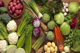 Jaga Kesehatan Jantung dengan Konsumsi Sayuran Hijau Ini