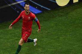 Cristiano Ronaldo Cetak Hattrick  Pertama di Piala Dunia
