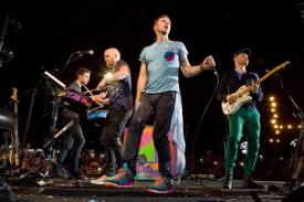 Grup Band Coldplay Merilis All I Can Think About You