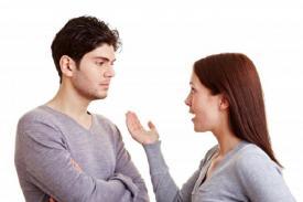 Kenapa Cowok Gengsi Meminta Maaf