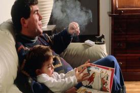 Tumbuh Dewasa di Lingkungan Perokok Sebabkan Kerusakan Arteri Pada Perokok Pasif Anak-anak