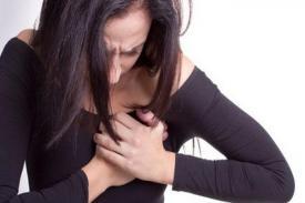 Kenali dan Waspadai Gejala Kanker Paru-Paru pada Wanita