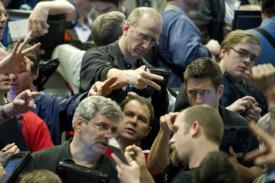 Ekonomi : Kekhawatiran Perdagangan Menyeret Harga Minyak Lebih Rendah
