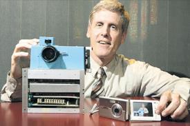 Sang Penemu Kamera Digital yang Pertama!