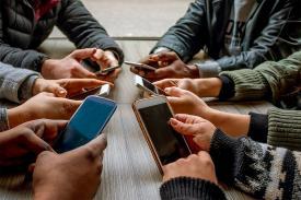 Tips Mengurangi Kecanduan Menggunakan Smartphone