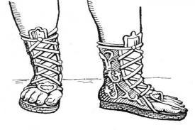 Pernahkah Anda Berpikir Bagaimana Sepatu Ditemukan? Berikut Sejarahnya