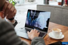 Tips Aman Bermain Investasi Saham Online dan Menguntungkan