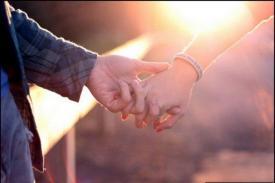 Tips Menjaga Hubungan Bagi yang Mengalami LDR