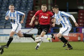 Huddersfield Town Taklukkan MU dengan skor 2-1
