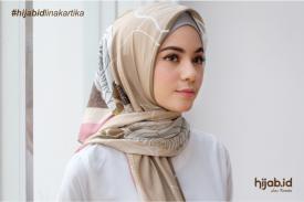 Tren Hijab Segi Empat
