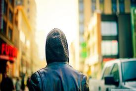 Kamu Introvert? Yuk, Simak Tips Berikut Ini!