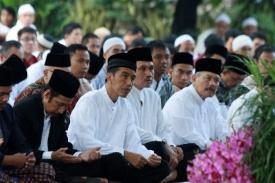 Khutbah di Istana Negara, Khotib Minta Masyarakat dan Pemerintah Jadikan Al Qur'an Sebagai Pedoman Hidup