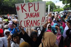 PILPRES 2019 Inkonstitusional Komisioner KPU Harus Mundur