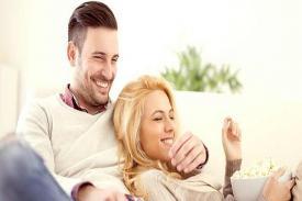 Cara Bikin Pasangan Bahagia di Pagi Hari