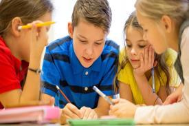 9 Aturan Sekolah Paling Tidak Masuk Akal dan Aneh