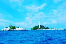 Menikmati Keindahan Pulau Belitung dengan Jabejabe Amazing Holiday