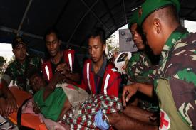 TNI Berhasil Bebaskan 20 Guru SD yang Disandera Oleh Kelompok Bersenjata di Mimika