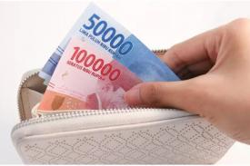 Tips Cerdas Mengatur Uang Bagi yang Hobi Belanja