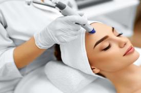 4 Manfaat Facial untuk Kecantikan dan Kesehatan Kulit